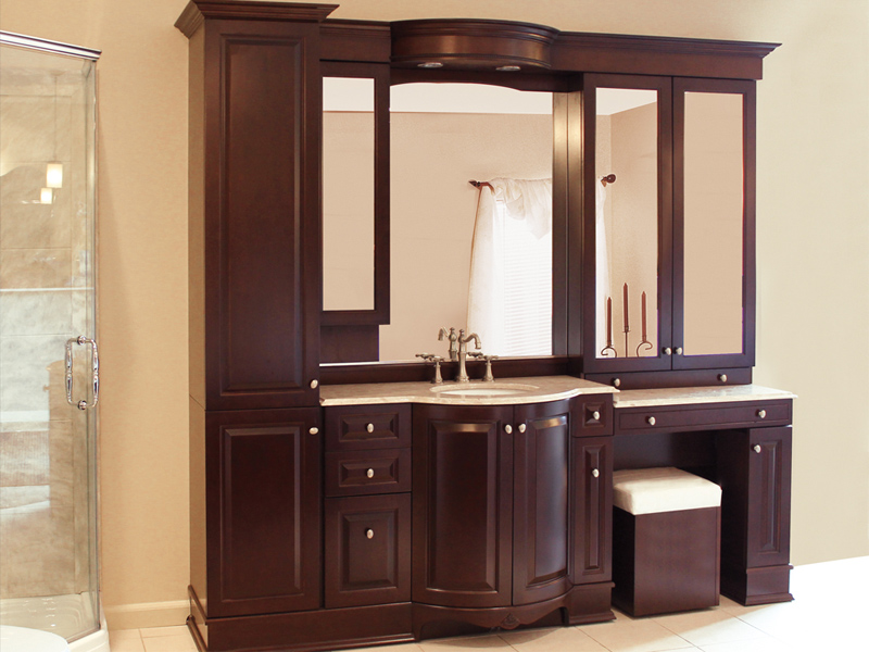 Vanico Traditional Tango Bathroom Vanity For The